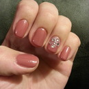 twinkle accent nail