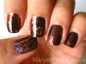 disco-bling nail foils :) http://www.maryammaquillage.com/2011/11/disco-bling-nail-foils.html