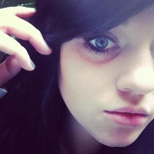 My smokey eye w/ heavy liner