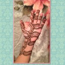 Henna tattoo!