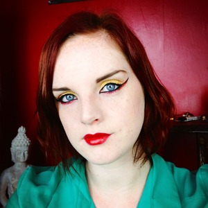 Full face of my Dark Phoenix look I created for the beauty youtubers facebook collab