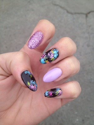 glitter and flower claws