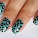 Elegant Leopard Nail Design