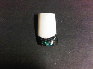 White w/black glitter french