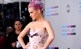 Loathe or Love: Katy Perry at The 2011 AMAs