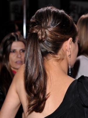 Mila Kunis back view