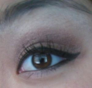 This is what my typical, lazy, school day makeu-up  would look like.