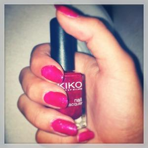 Vernis rose brillant kiko nail lacquer