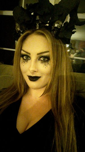 Dark Gothic recreated look inspired by the beautiful Shaaanxo (: