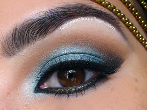 "A closeup of my ""I Dream of Kashmere"" look :)) All info on my bloggy: http://www.maryammaquillage.com/2012/06/i-dream-of-kashmir.html"