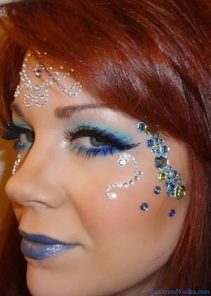 For more details about this look, please visit VanityandVodka.com. xoxo! Happy Halloween!