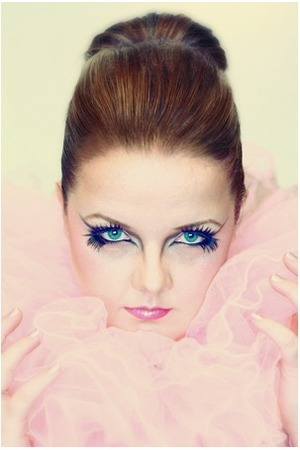 I love pink! and bold lashes!