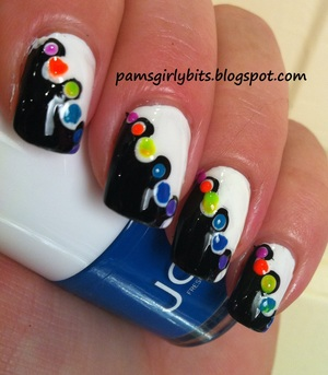 black and white nail art 026