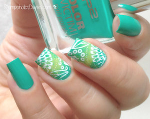 http://stampoholicsdiaries.com/2015/06/29/green-summer-nails-with-p2-konad-essence/