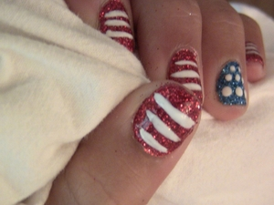 Get ready for the 4th of July with these nails.    Video Tutorial @ http://www.polishpedia.com/4th-of-july-nails.html
