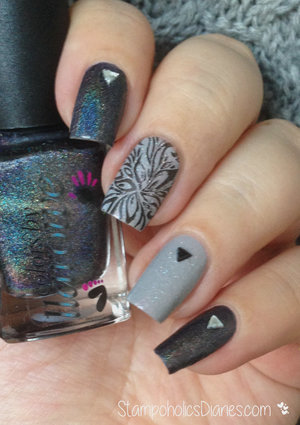 http://stampoholicsdiaries.com/2015/03/16/black-and-grey-nails-with-colors-by-llarowe-essence-konad/