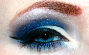 """Look I created using NYX Jumbo Eyeshadow Pencil in """"Cobalt"""" as a base, and the Urban Decay Smoked palette Hope you guys like!"""