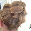 Quick easy up do