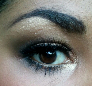 A look I did wish the original naked palette:)