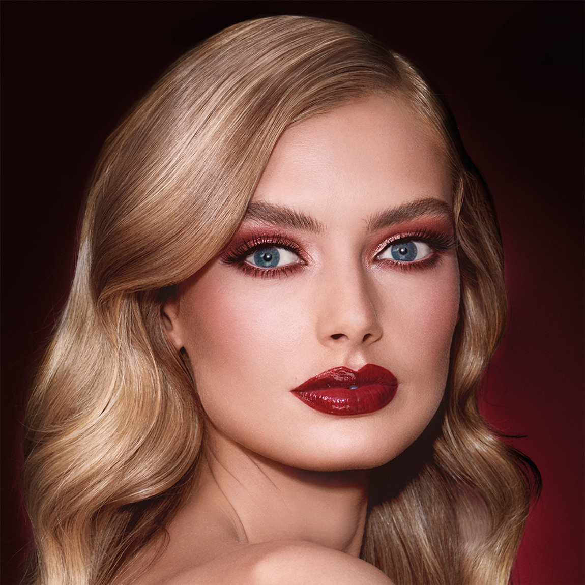 Charlotte Tilbury Get the Look The Vintage Vamp product swatch.