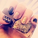 navy and gold, polka dot nails! perfect for fall!