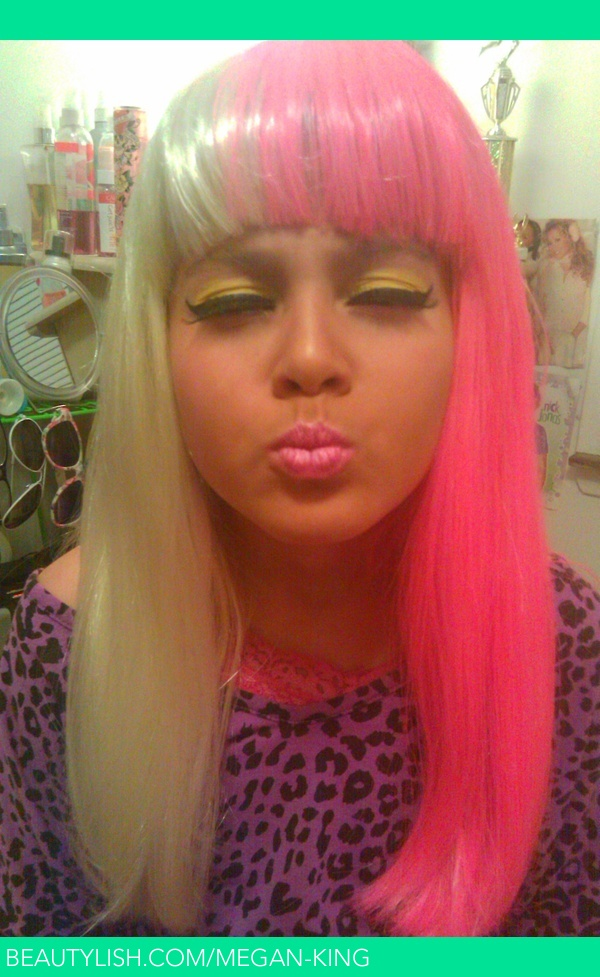 Nicki Minaj Eyes Kiss Face Megan K S Megan King Photo