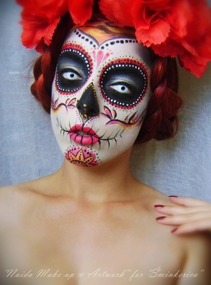 Tutorial: http://www.sminkerica.com/tutoriali/sugar-skull-halloween-makeup/ My facebook page: https://www.facebook.com/pages/Naida-Make-up-and-Artwork/126464104080124?ref=hl
