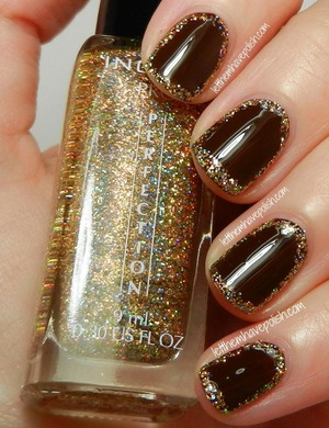 For details: http://www.letthemhavepolish.com/2013/08/golden-frames-with-inglot-and-zoya.html