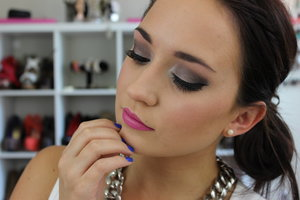 """I wanted to mix the """"fall"""" look with the """"summer"""" look and this is what I came up with. A smokey eye and a bright lip can really be worn anytime of the year. Thankfully with makeup, there aren't really any rules."""