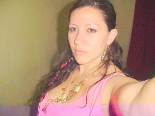 Mely R.