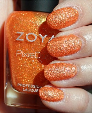 From the PixieDust Collection for Summer 2013. Click here to see my in-depth review and more swatches: http://www.swatchandlearn.com/zoya-beatrix-swatches-review/