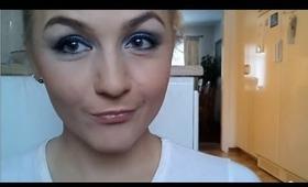 Blue and grey eyeshadow tutorial