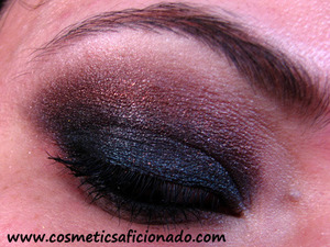 http://www.cosmeticsaficionado.com/2011/01/eye-of-day_24.html