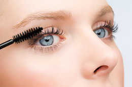4 Natural Mascaras That Actually Work