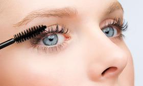 4 Natural Mascaras That Actually Work