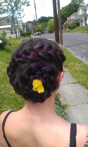 Totally awesome braided hair look for summer!
